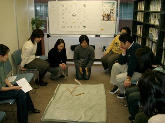 第4回文化から学ぶ韓国語―ユンノリ01