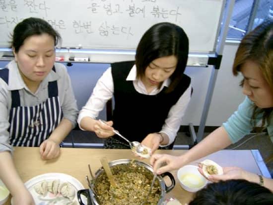 第6回 文化から学ぶ韓国語ーマンドゥ作り02